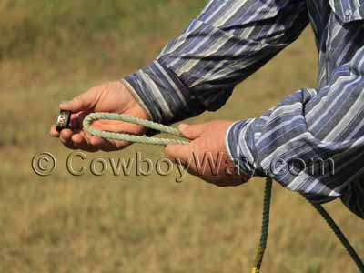 Slide the horn knot on the end of the rope